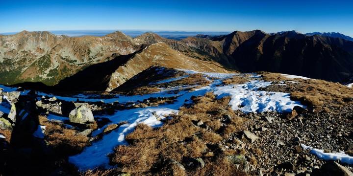 Baranec - výhled z vrcholu na Hrubou kopu, Tri kopy, Plačlivé, Ostrý Roháč, Hrubý vrch a Jakubinou, Bystrou a Vysoké Tatry