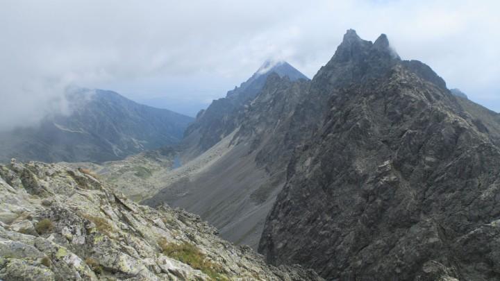 Výhled z vrcholu Východná Vysoká: Bradavica