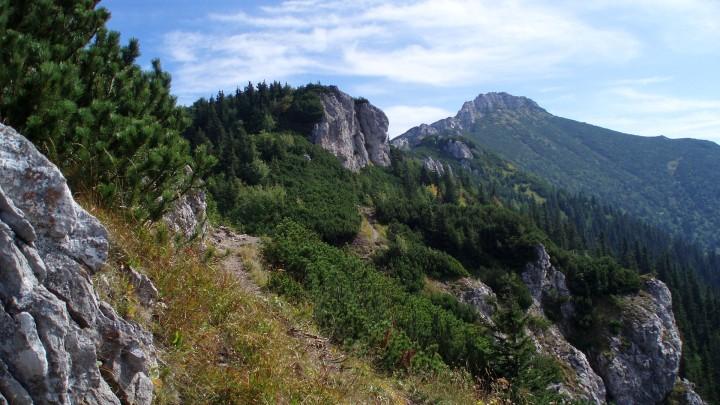 Cesta skalním městem na Sivý vrch