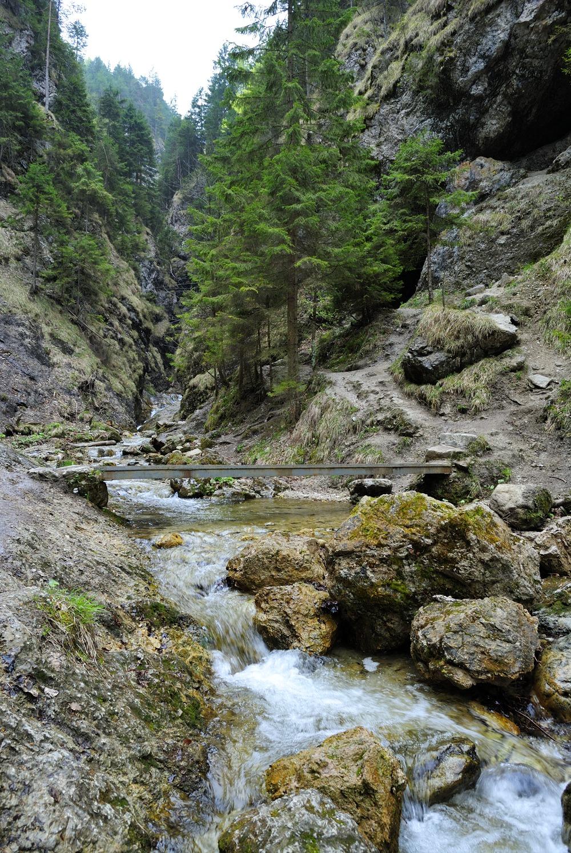 Jánošíkove diery - vstup do Dolných dier