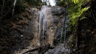 Duhový vodopád v Kláštorské roklině