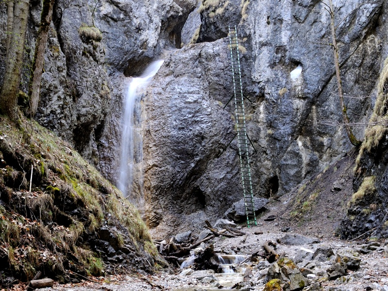Velký vodopád v roklině Piecky